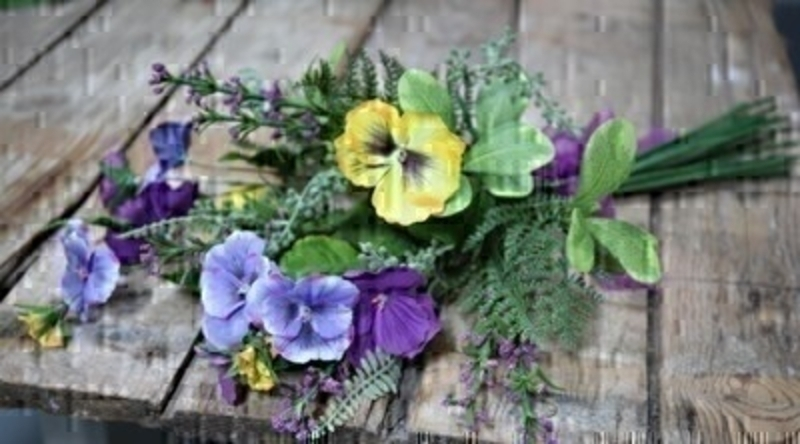 Artifical Pansy Bouquet by Bloomsberry: Booker Gifts