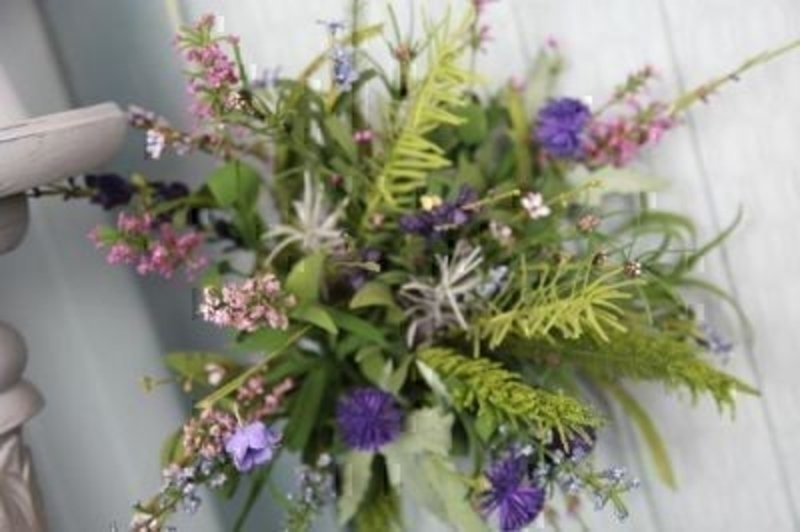 Bouquet Of Thistle And Scottish Heathers By Bloomsbury: Booker Gifts