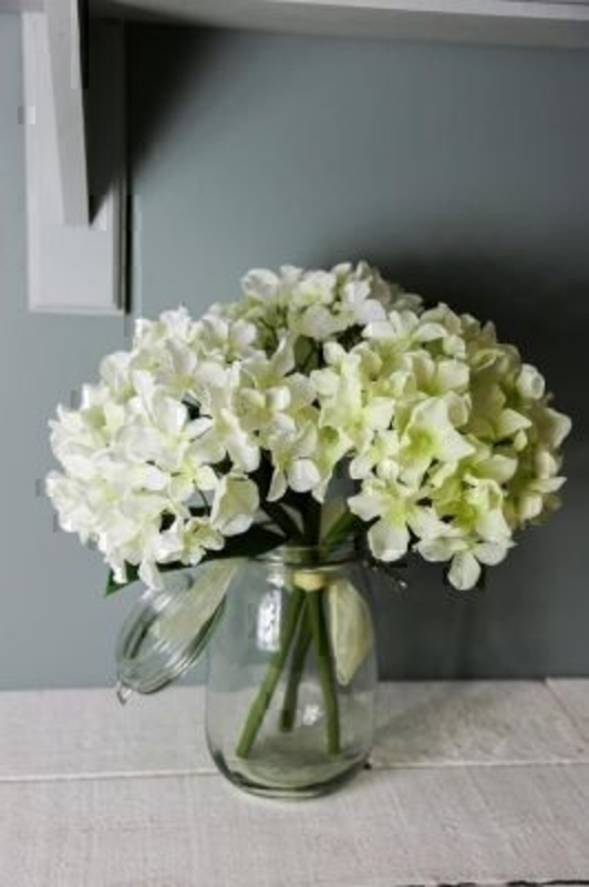 Bouquet of 3 Cream Artificial Hydrangeas by Bloomsbury: Booker Gifts