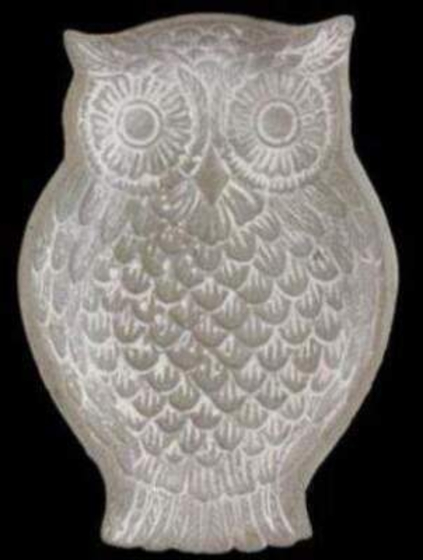 White wash carved owl stone decorative dish by Gisela Graham. Great gift for the owl lover. Size 20x14x3cm
