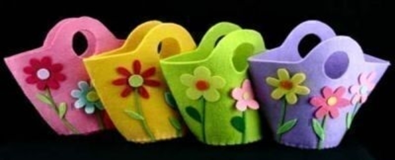 Choice Of 4 Floral Felt Bag By Gisela Graham: Booker Gifts