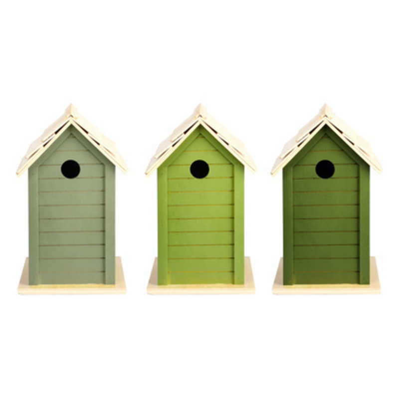 Fallen Fruits bird house in a choice of three colours light green / green / dark green. Easy to hang.  Will look lovely hanging in any garden and is perfect for small birds to live in. Price is for one bird house if you require a certain colour please specifiy which one when ordering.  Size: 15.7 x 15.1 x 25.2cm