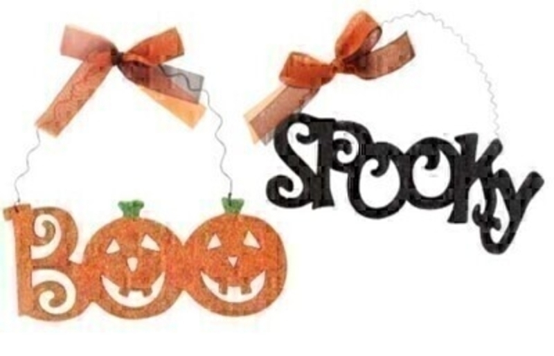 Halloween Glittered Decorative Plaque - Choice of 2 By Gisela Graham: Booker Gifts