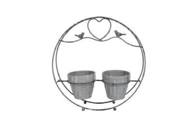 Round love birds wire caddy with twin pots.  Comes in grey complete with two birds and love heart design from Designer Gisela Graham.  Would make a lovely gift for your home or garden.