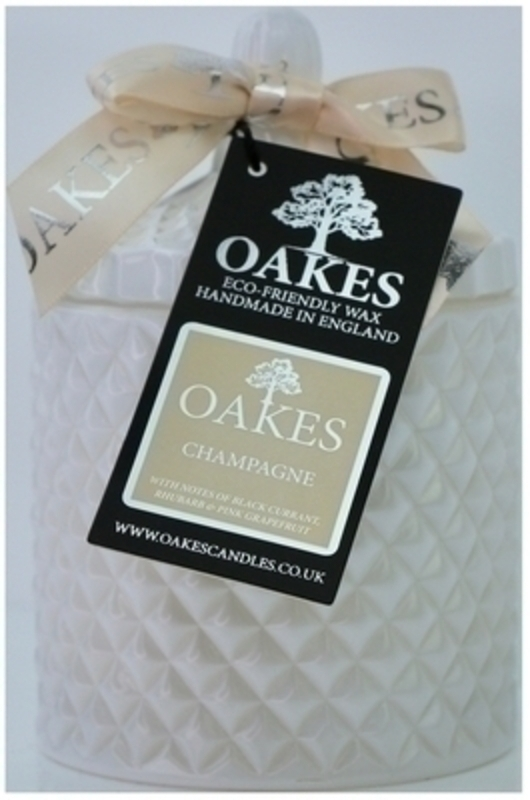 Oakes Champagne Scented Soy Wax Candle in Glass Jar: Booker Gifts