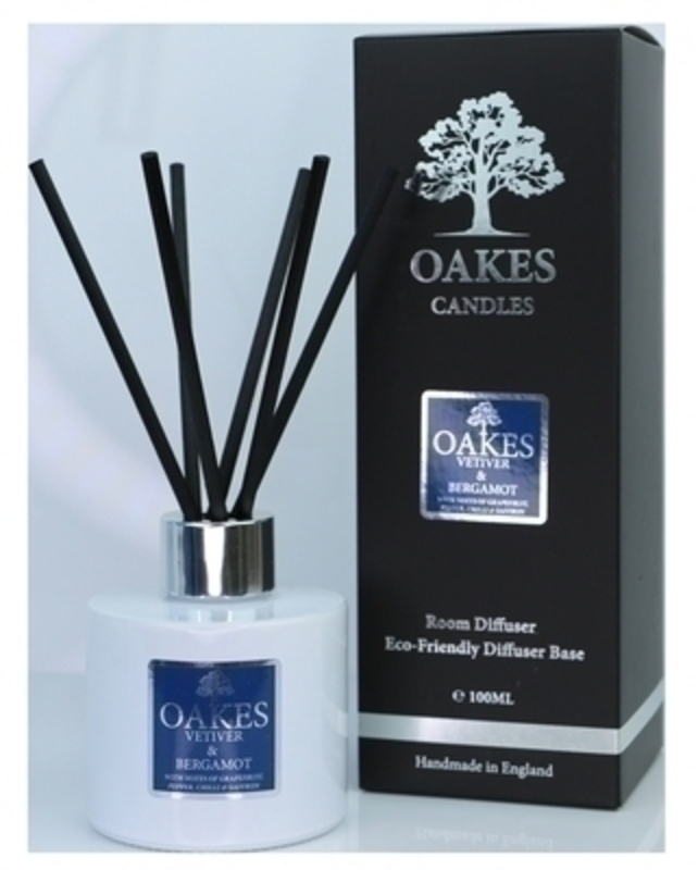 Oakes Vetiver and Bergamot Room Diffuser: Booker Gifts