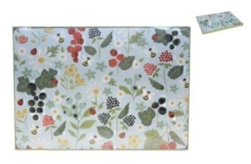 Placemats Kitchen Garden Design Gisela Graham. Box of 4 Cork Backed placemats in the Gisela Graham Kitchen Garden Design. Would make a great gift for a new home. Size 30x22cm
