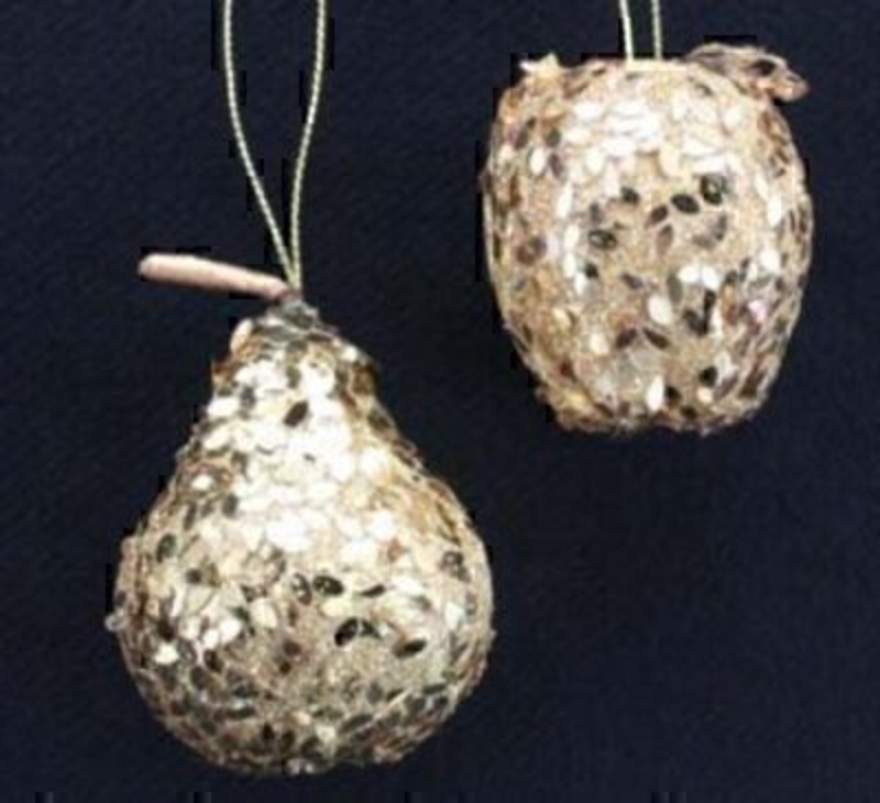 Set of Gold Sequin Apple and Pear Christmas Tree Decoration by Gisela Graham. Hanging Christmas Tree Decorations. Both apple and pear one of each included. This set of Christmas Tree is a tasteful addition to your Christmas Decorations Size 5x5x5cm<br><br>