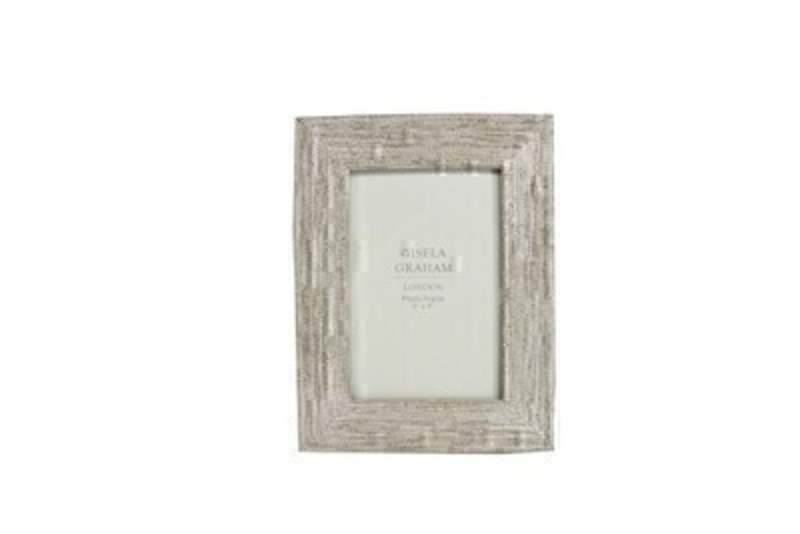 Silver beaded picture frame by Gisela Graham. This 6x4 sized photo frame is a lovely shabby chic decorative item for any home. Shabby Chic gifts for home - birthday - thinking of you or just because.