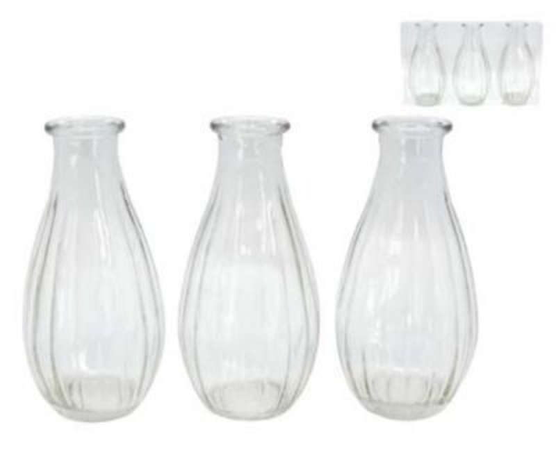 Small Stem Vases Set of 3 Gisela Graham. Set of 3 clear glass stem vases in a ribbon design - comes in a clear acetate box. Would great as a part of a wedding table centre. Each Vase 14x7cm