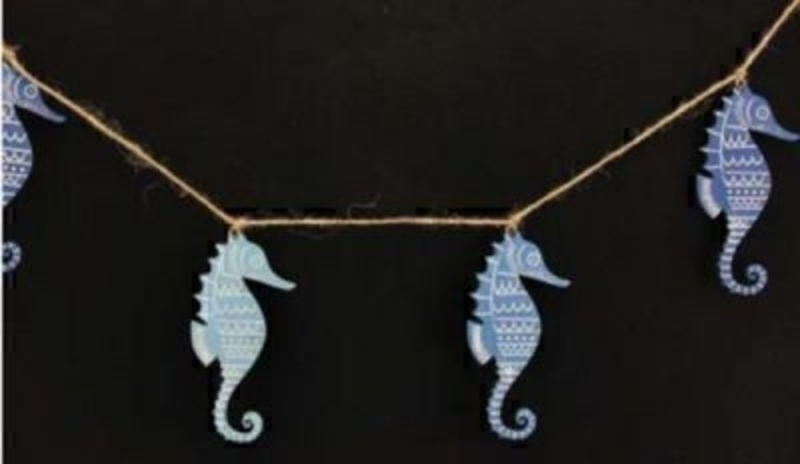 Blue Seahorse Garland by Gisela Graham Beach Theme: Booker Gifts