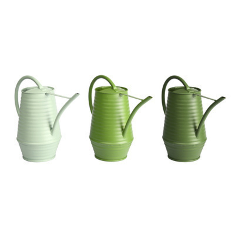 Metal indoor watering can made by Fallen Fruits.  Choice of 3 colours light green / green / dark green (If a particular colour is needed please specifiy when ordering or else we will chose a colour for you) Matching water misters are available. Size 23.5 x 10.7 x 19.5cm