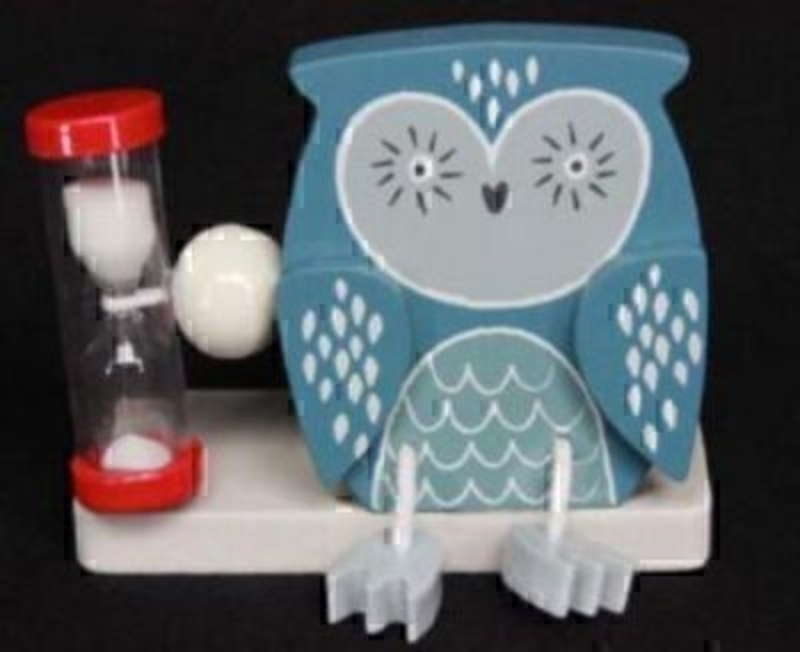 Part of the Gisela Graham 'Forest Friends' Range. Forest Owl Toothbrush Timer. Great gift for a boy or a girl who are learning to brush their teeth. Size 9.5x8x4cm