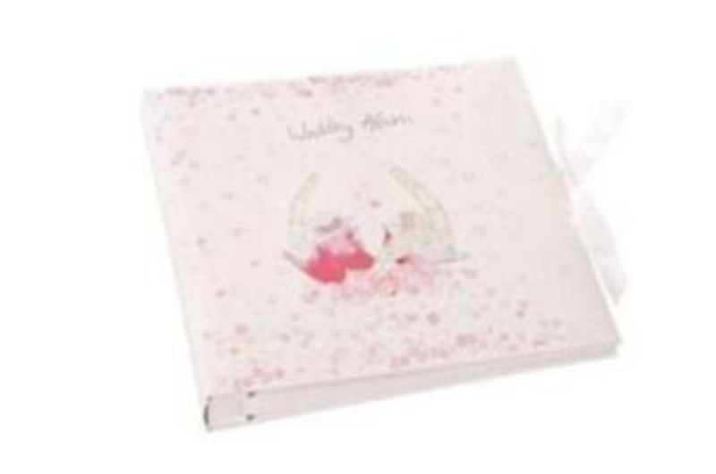 Junction 18 Rossana Rossi design wedding photo album. Comes gift boxed. Size 29x26.5x5cm