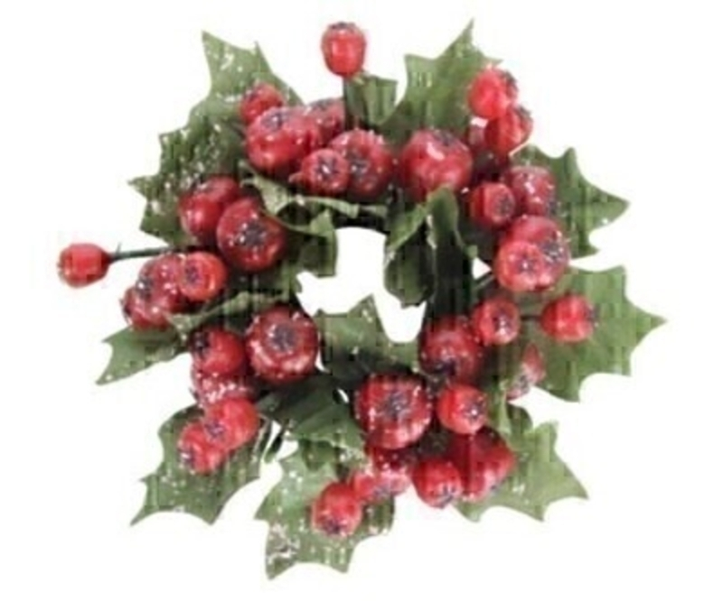 Festive cranberry candle ring by Gisela Graham. This fesive candle ring by Gisela Graham will delight for years to come. It will compliment any Christmas candle and will bring Christmas cheer year after year. Remember Booker Flowers and Gifts for Gisela Graham Christmas Decorations.