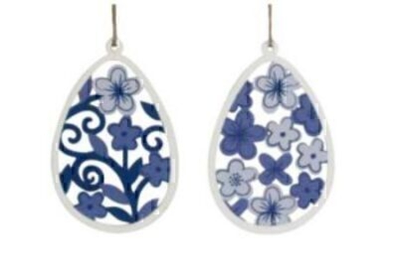 Set of 2 Blue and White Fretwork Easter Egg Decorations