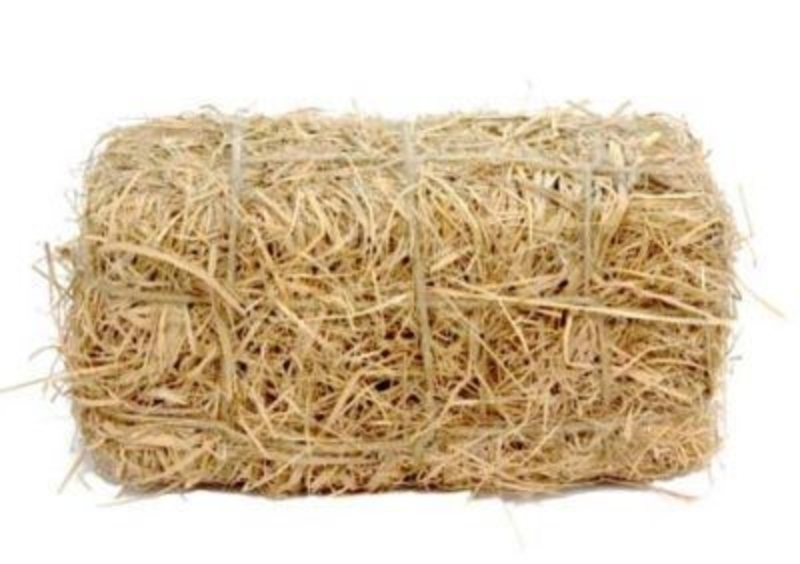 Straw Bale Decoration by Gisela Graham